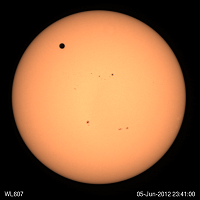 Animation of the Venus transit in front of the Sun